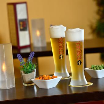 Bar mit Engel Bier